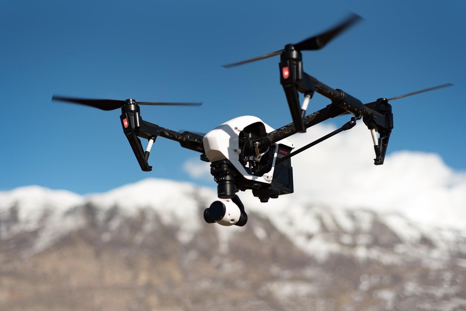 hvordan droner truer ditt privatliv